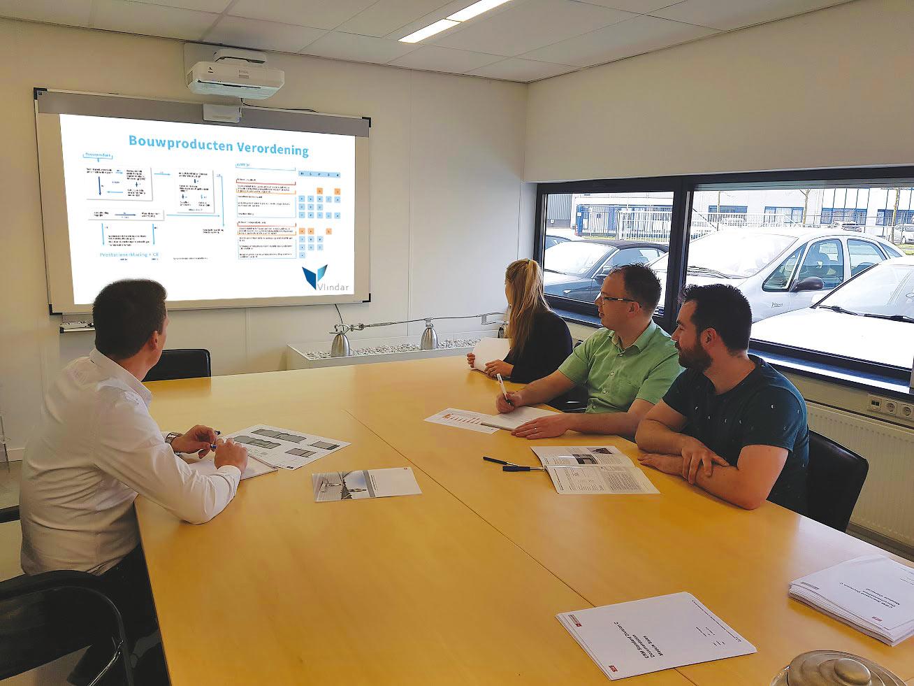 Vlindar-in-het-nieuws-Roofs-duidelijkheid-in-wet-en-regelgeving-valbeveiliging-workshop