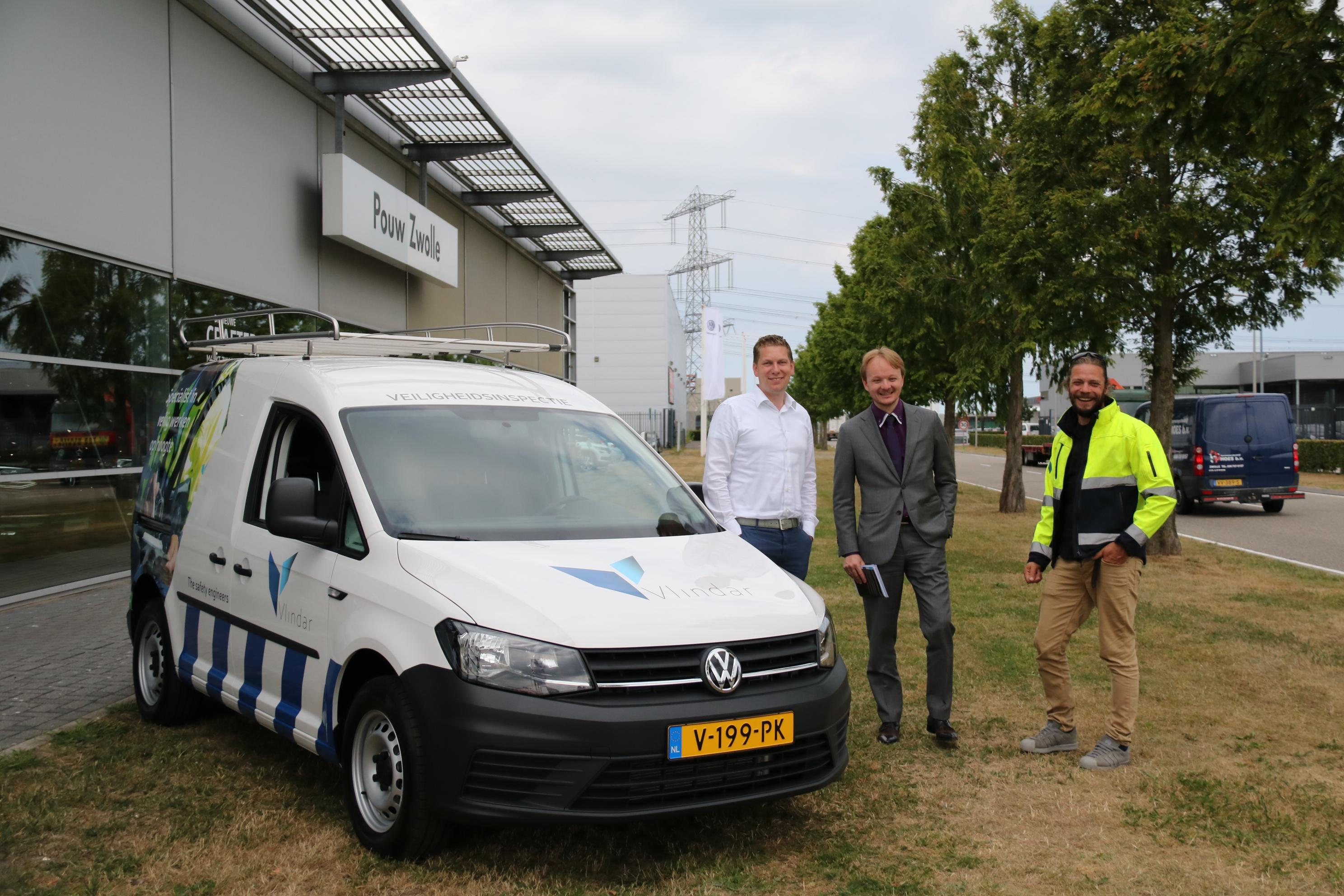 Inspectie-Veilig-werken-op-hoogte-Vlindar-nieuwe-bus-Pouw-Zwolle